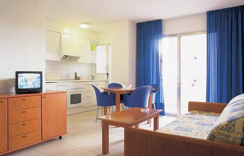 Levante Lux Apartamentos - Room - 0