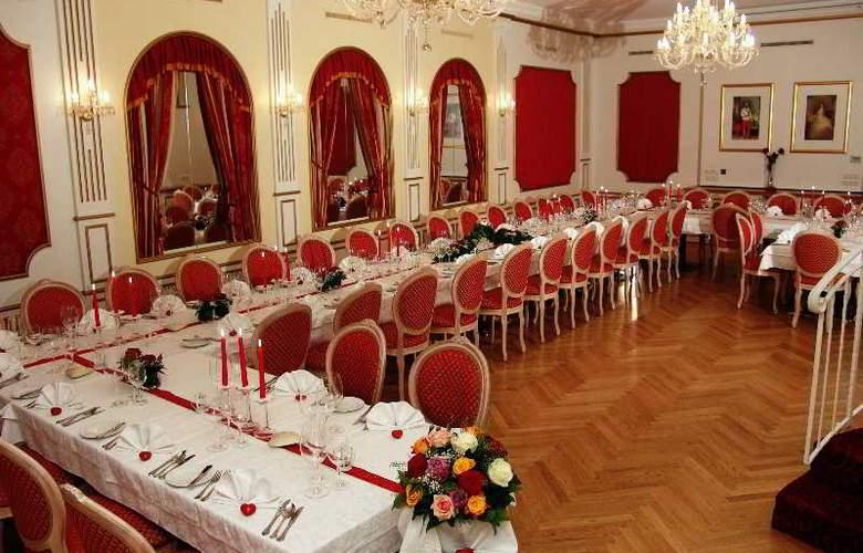 Arlenburg - Conference - 0