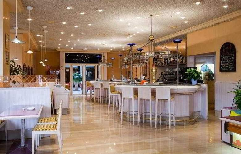 Ayre Hotel Sevilla - Bar - 4