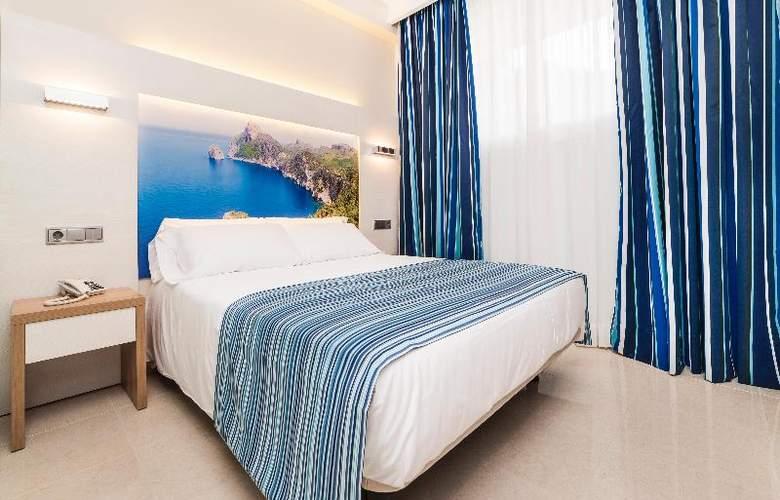 Globales Playa Estepona - Room - 23