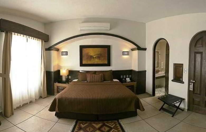 The Latit Real Hacienda de Santiago - Room - 1