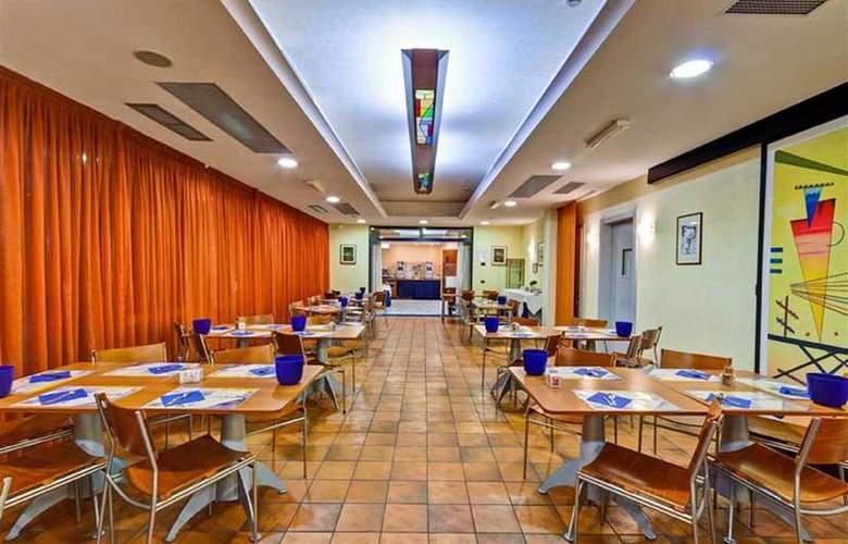 Best Western Blu Hotel Roma - Restaurant - 100