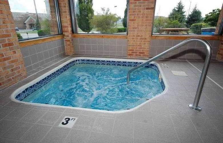 Best Western Plus Lakewood Inn - Pool - 6