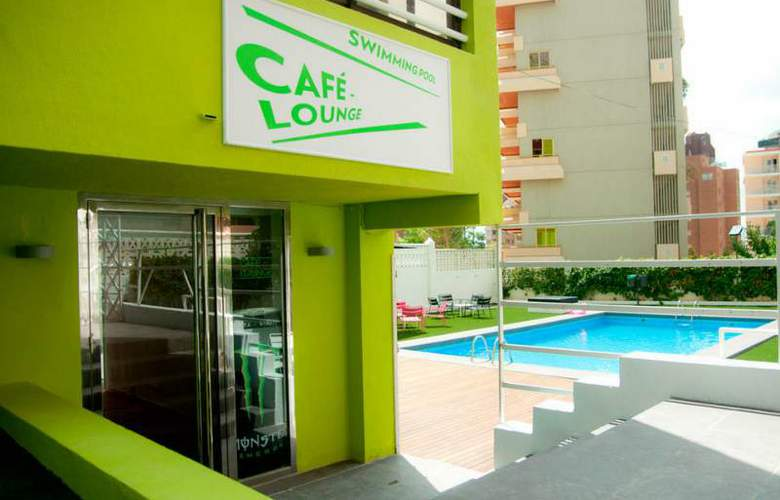 Apartamentos NOW Benidorm - Pool - 12