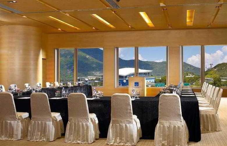 Novotel Hong Kong Citygate - Hotel - 8