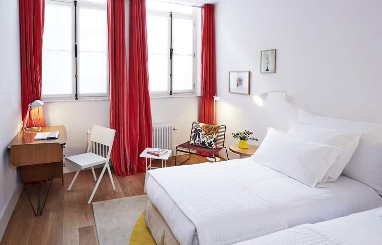 Hotel des Galeries - Room - 4