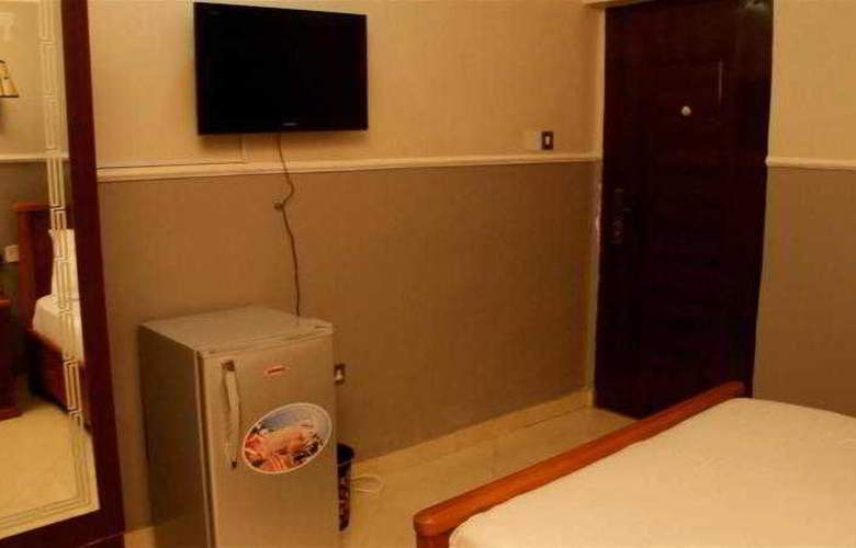 Hipoint Hotel and Suites - Room - 2