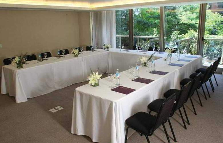Madero - Conference - 5