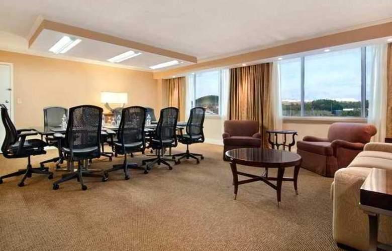 Hilton Birmingham Perimeter Park - Hotel - 3
