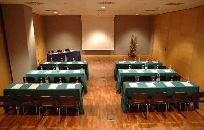 Eurohotel Barcelona Gran Via Fira - Conference - 36