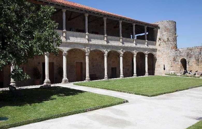 Parador Castillo de Monterrei - Hotel - 11