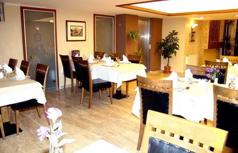 BC Hotel - Restaurant - 6