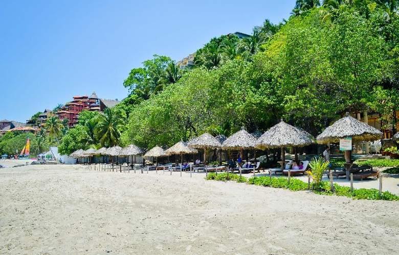 Catalina Beach Resort - Beach - 37