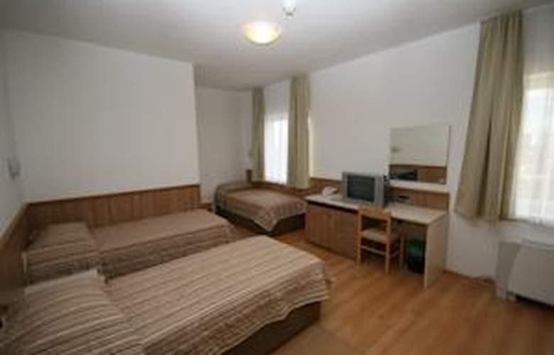 Porto - Room - 8