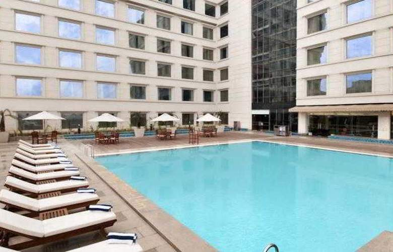 Hilton New Delhi/Janakpuri Hotel - Pool - 14