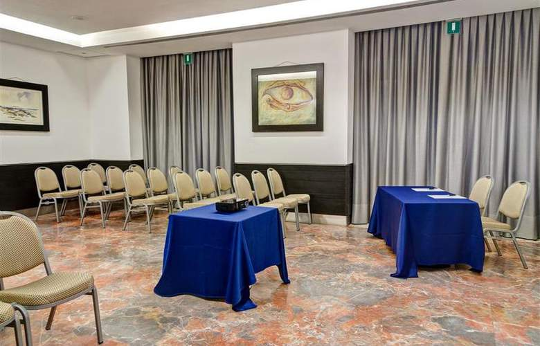 Best Western Plus Universo - Conference - 4