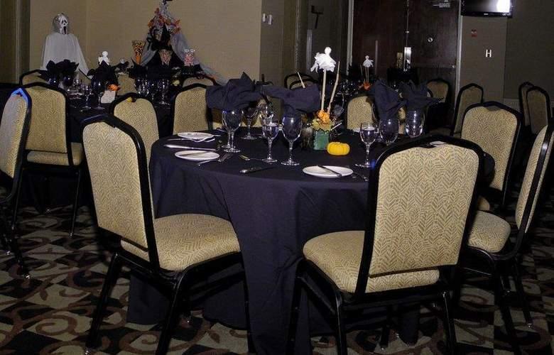 Jasper Inn & Suites - Restaurant - 11
