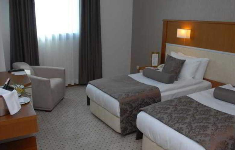 Seven Hotel Apartments - Room - 9