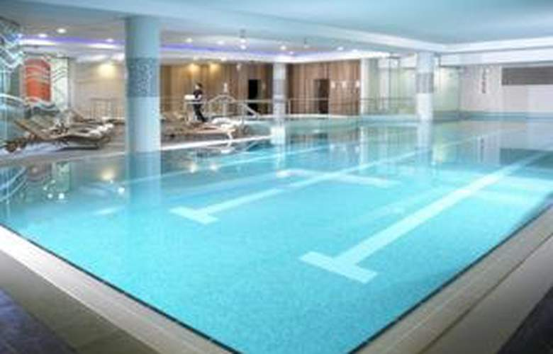 Limerick Strand Hotel - Pool - 6