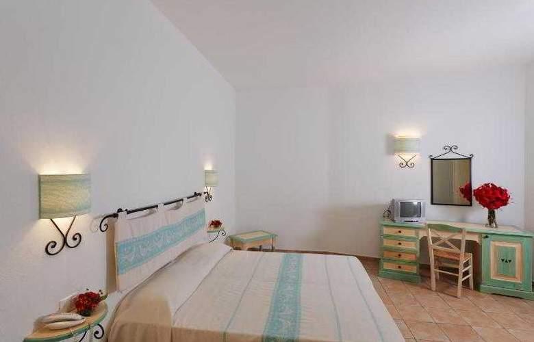 La Plage Noire Hotel & Resort - Room - 4