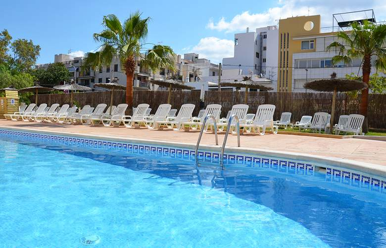 Apartamentos Central City - Pool - 8