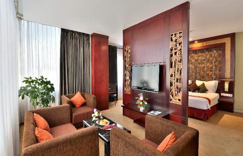 Carrcadin Hotel Bandung - Room - 11