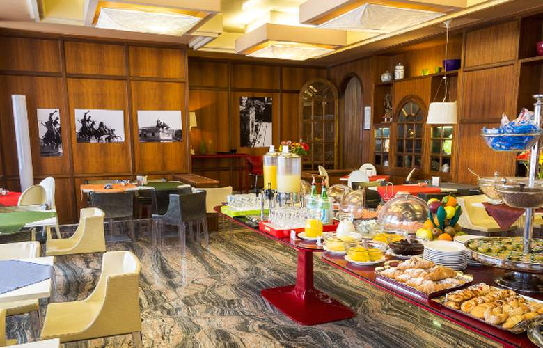 Politeama Palace - Restaurant - 4