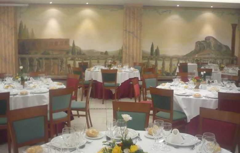 Las Villas de Antikaria - Restaurant - 15