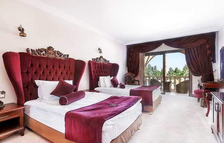Chateau Lambousa Hotel - Room - 12