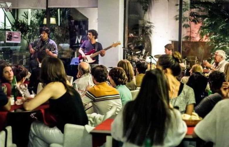 Monserrat Apart Hotel - Bar - 19