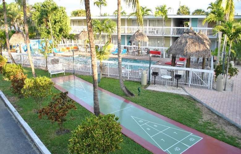 Floridian Hotel - Terrace - 45
