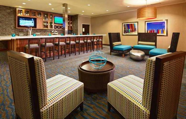 Hilton Garden Inn Los Angeles/Redondo Beach - Bar - 4
