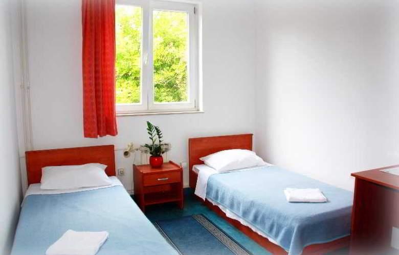 Omladinski Hostel - Room - 10