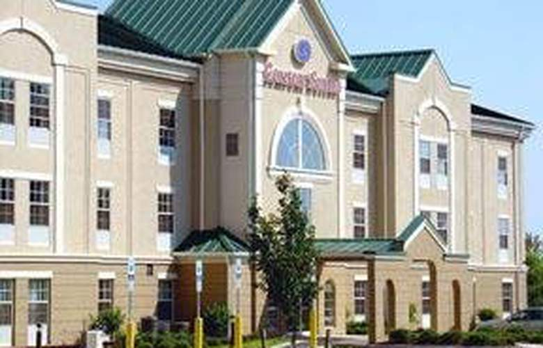 Comfort Suites East Brunswick - Hotel - 0