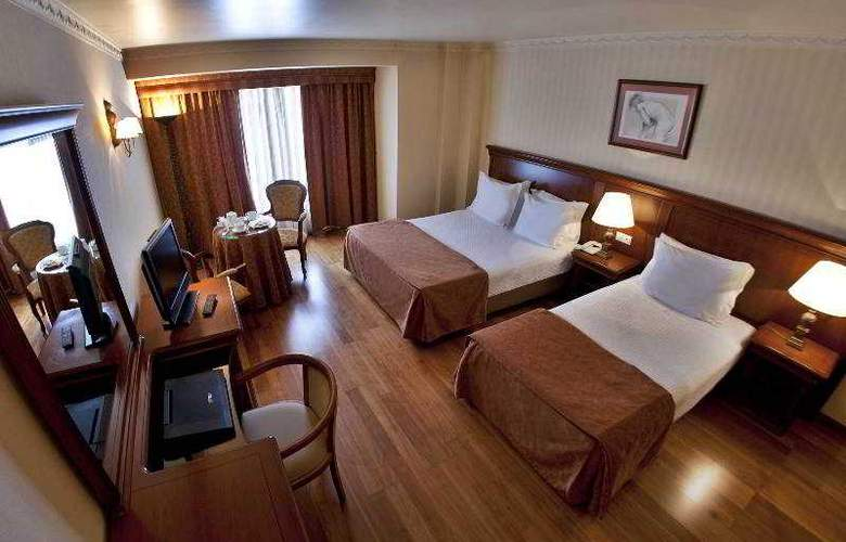 Turim Lisboa - Room - 10