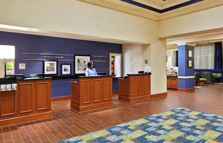 Hampton Inn and Suites Orlando/Arpt@Gateway Vlg Ct - Hotel - 2