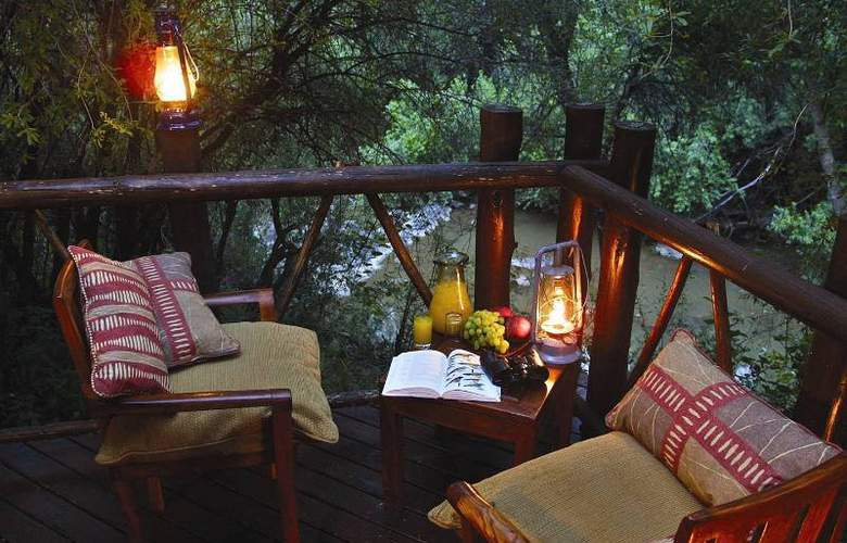 Madikwe River Lodge - Terrace - 12