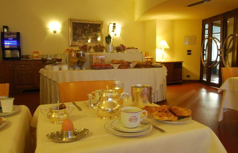 Napoleon - Restaurant - 7