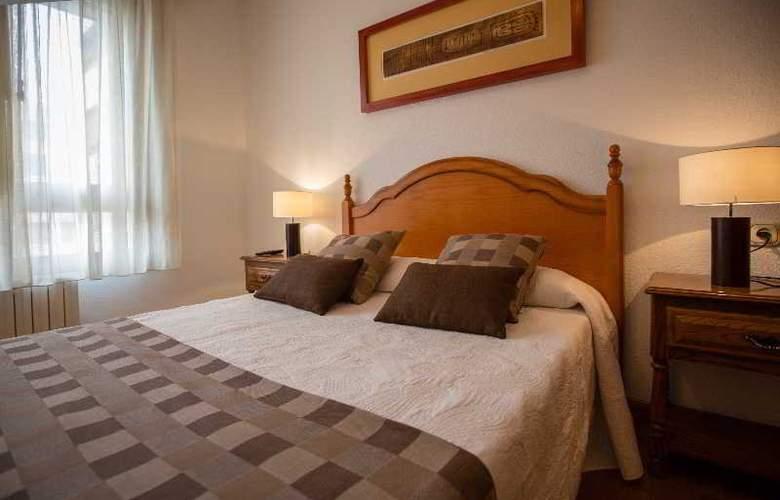 Apartamentos Gestion de Alojamientos - Room - 5