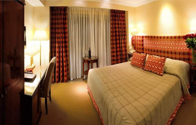Swiss - Room - 2