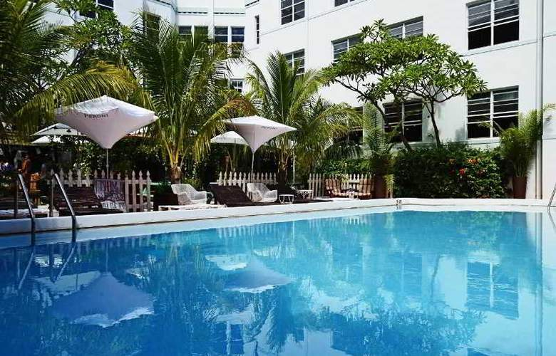 South Beach Hotel - Pool - 22