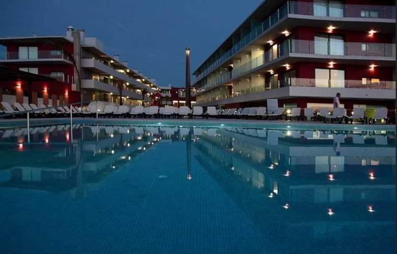 Agua Hotels Riverside - Pool - 17