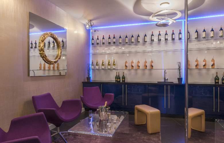 Le Bon Hôtel - Bar - 41