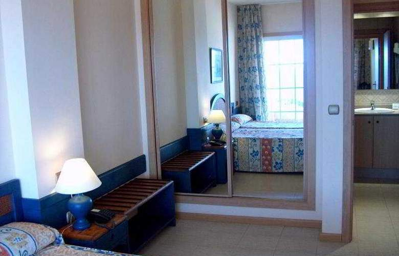 Suite Hotel Puerto Marina - Room - 1