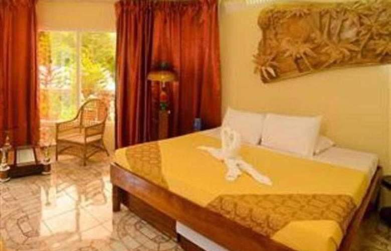 Deep Forest Garden Hotel - Room - 12