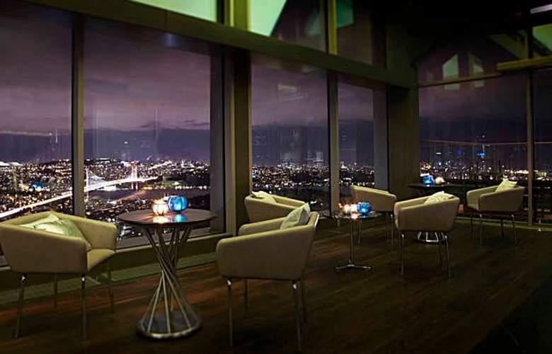 Renaissance Istanbul Bosphorus - Bar - 3