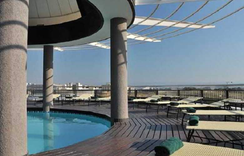 Protea Hotel Umhlanga Ridge - Pool - 9