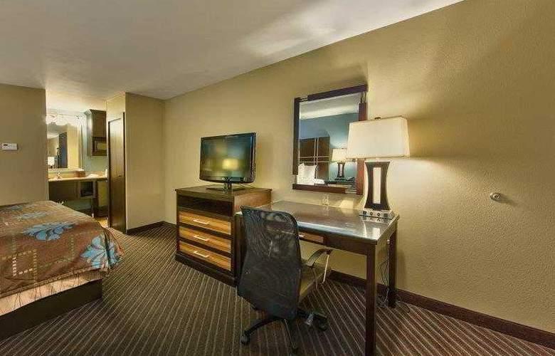 Best Western Newport Inn - Hotel - 38
