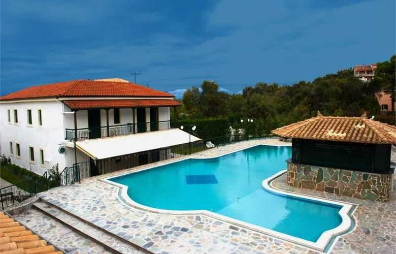 Corifo Village - Pool - 9