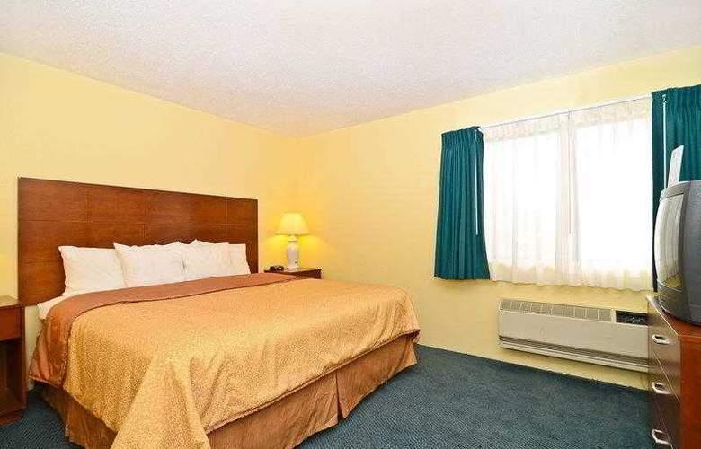 Best Western Ambassador Inn & Suites - Hotel - 11